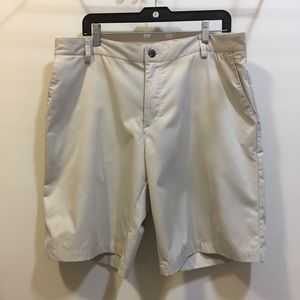 Adidas Climacool Men's Khaki Golf walk shorts 38
